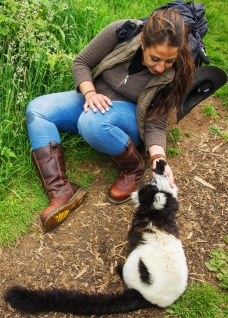 Maria Michael, Detheo Photography with Black & White Ruffed Lemurs at Woburn Safari Park.